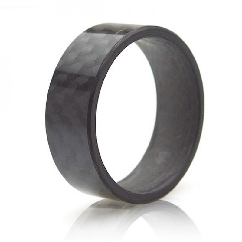 Fingerring aus edlem Carbon